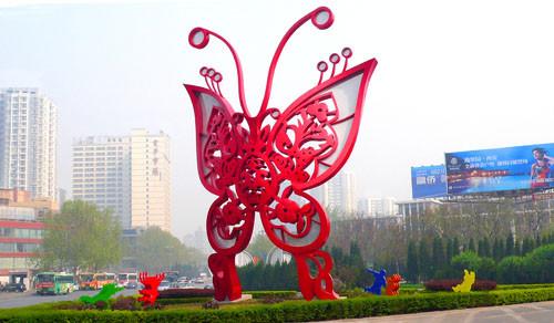 不锈钢雕塑30