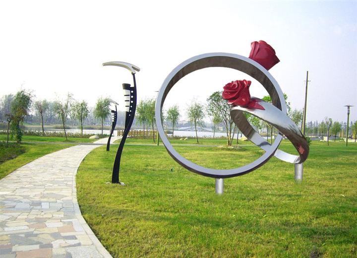 不锈钢雕塑31