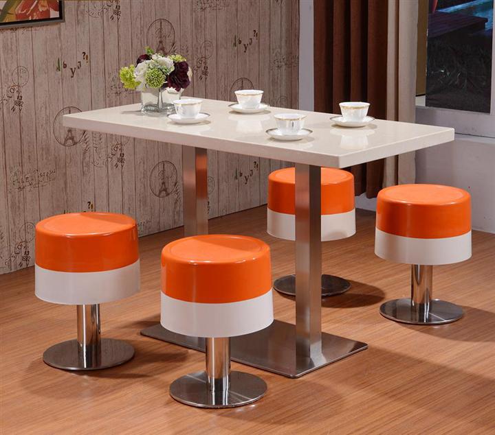 四人位分体餐桌 快餐店餐桌椅 不锈钢餐桌椅子食堂餐桌椅图片