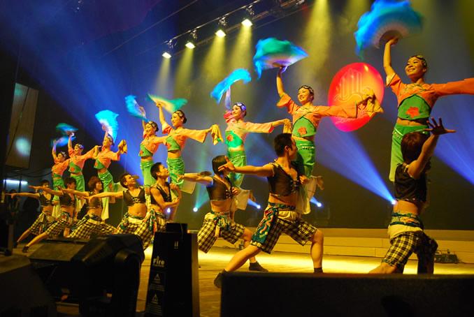 大型文�歌舞晚��舞蹈表演